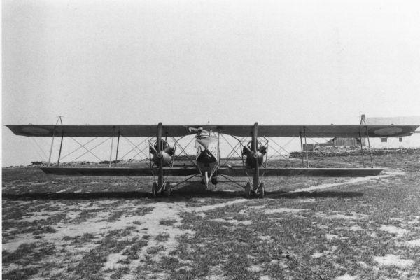 1917-08-les-avionsCA57FBCB-0629-53F5-6D1F-3E58F23CF1B2.jpg