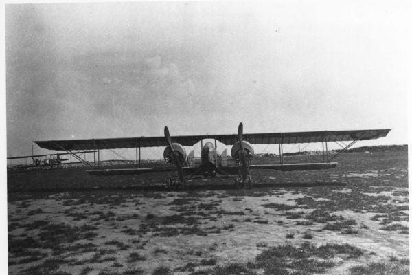 1917-13-les-avions9F69CB2D-8825-8168-28C3-1B701362C9AD.jpg