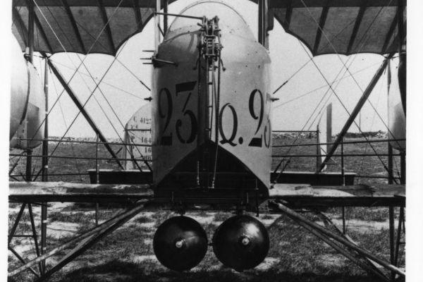 1917-16-bombes70FF4DFB-BD4E-54F9-BEC9-4CFBCC7D0F0B.jpg