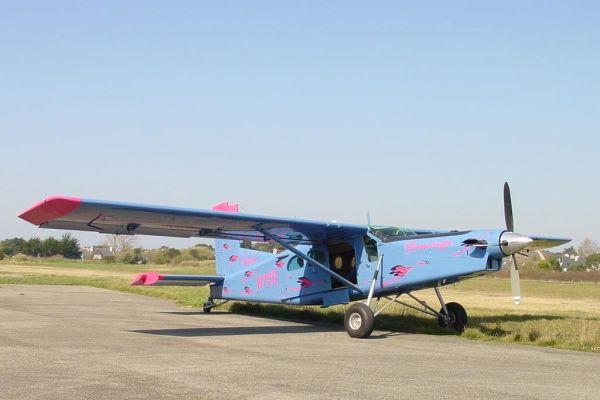 2003-03-16-pilatus-pc-6-3E8540CB2-B6E7-B5FB-5EF9-08020525C6D2.jpg